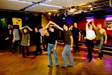 Salsa class in Erlangen: discotheque at E-Werk cultural center